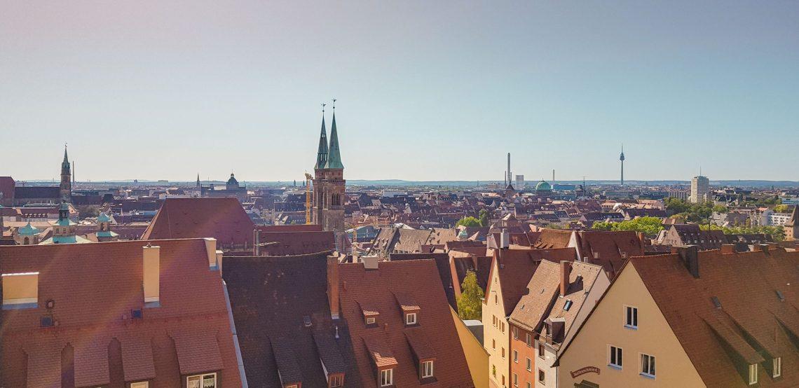 Ausblick über die Dächer von Nürnberg von der Burg