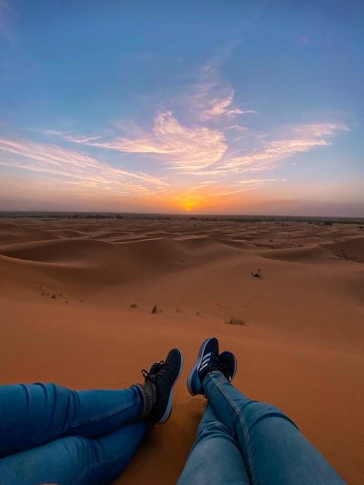 Blick auf den Sonnenuntergang in der Sahara