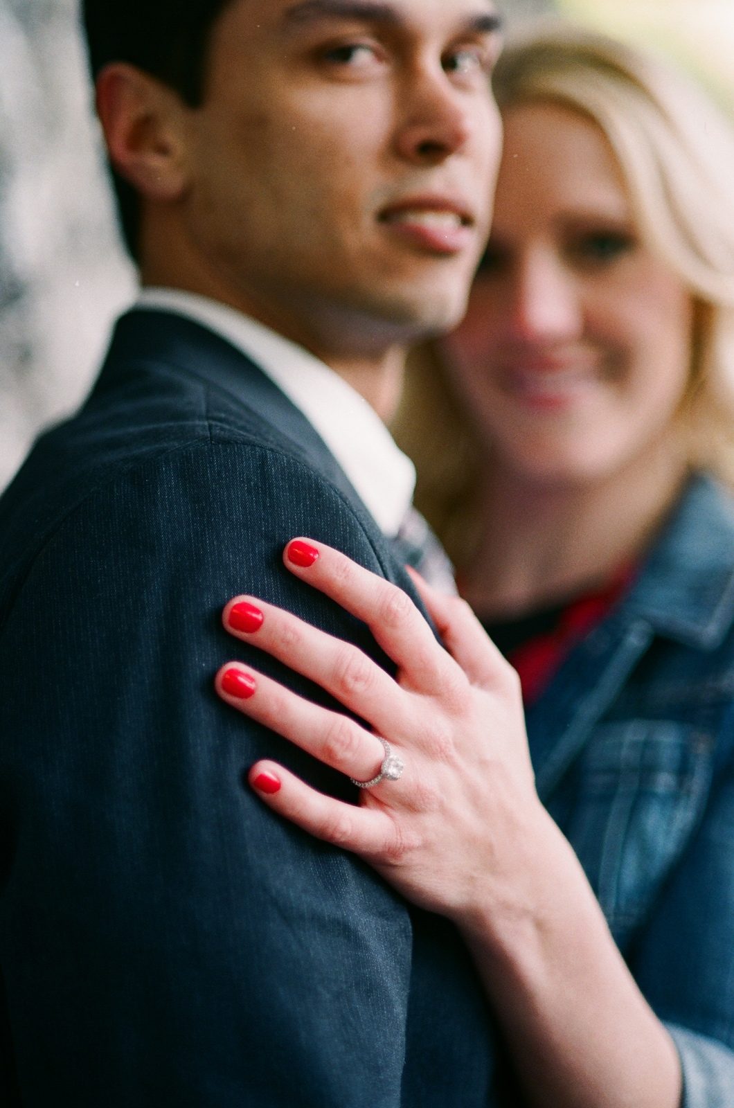 fort tryon park engagement portrait by wendy g photography