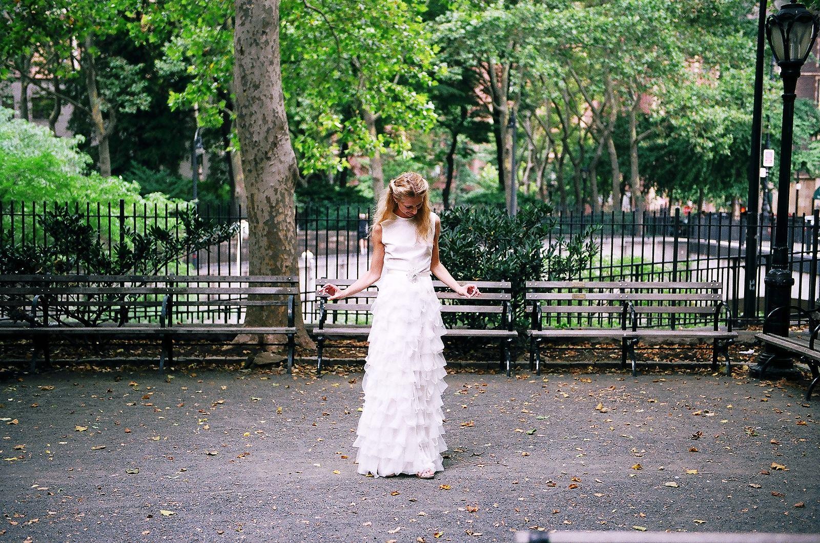 bridal gown portratait in garden