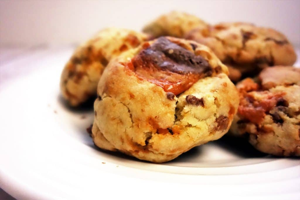 The Most Amazing Butterfinger Cookies