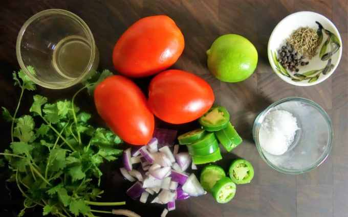 The Best Homemade Tomato Salsa - Fresh and Delicious!