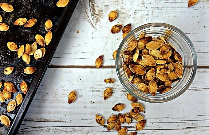Crispy Garlic Toasted Pumpkin Seeds