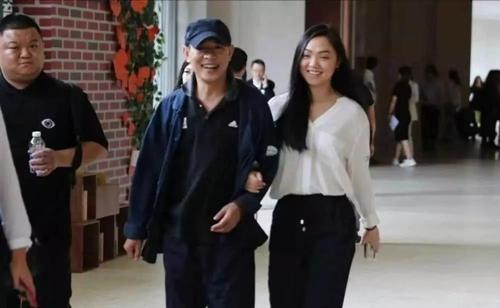 李連傑大女兒生活照曝光,顏值超高還是哈佛高材生