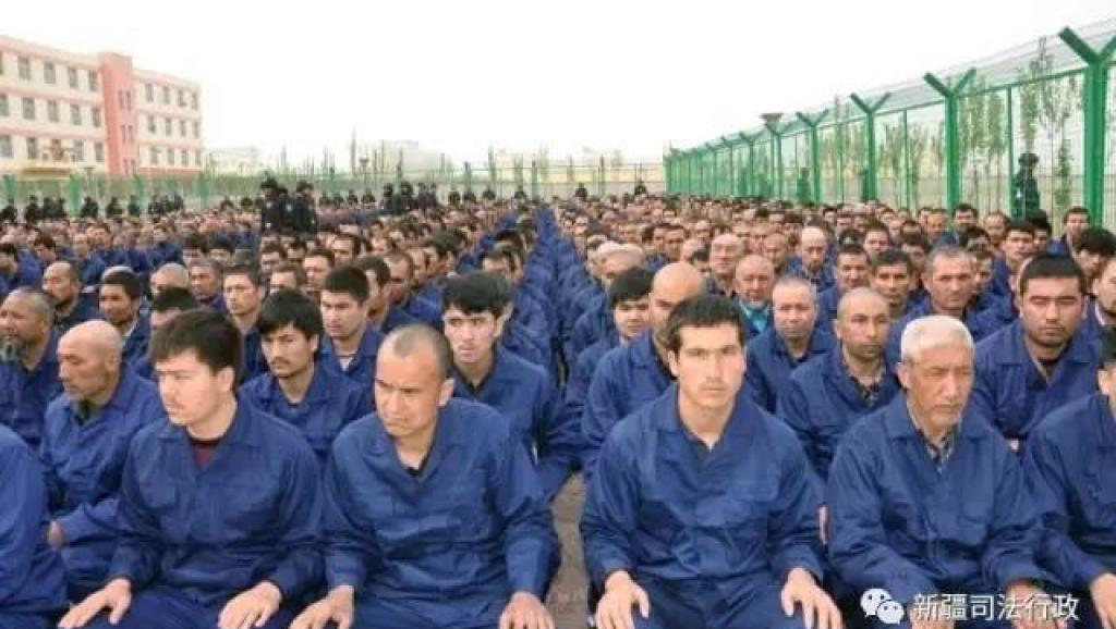 新疆再教育營新文件曝光 無死角監控包括廁所(圖)