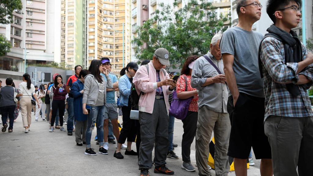 香港區議會選舉結果 官媒無奈隻好絕口不提(圖)