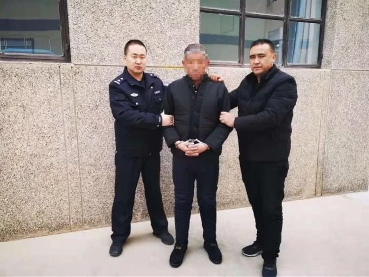 甘肃警方破获13年前命案:从棉大衣血手套上提取DNA检验材料(图)