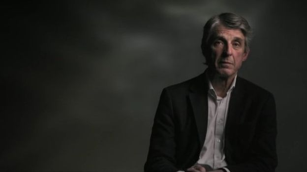 罗伯森医生在一部BBC纪录片里