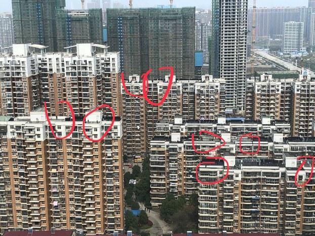 习近平戒备森严中抵武汉考察 屋顶布满狙击手(组图)