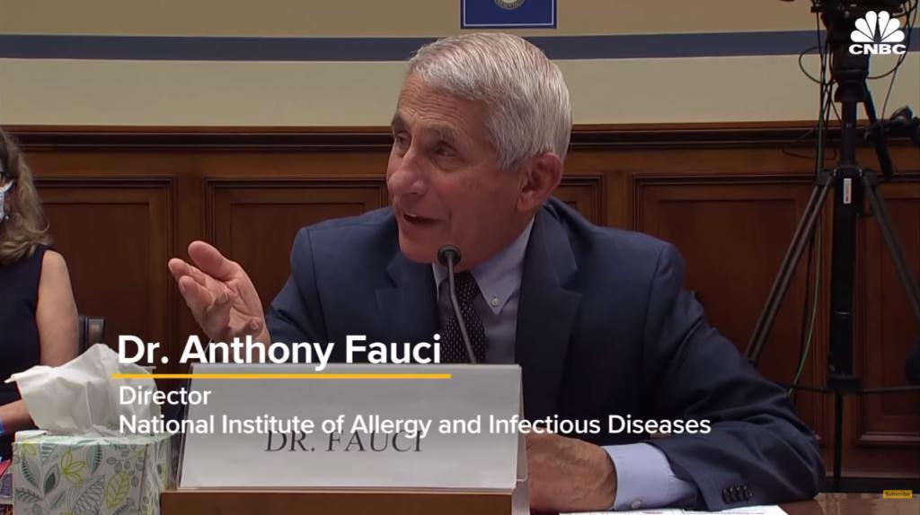福奇:中国对美国疫苗研发没有威胁