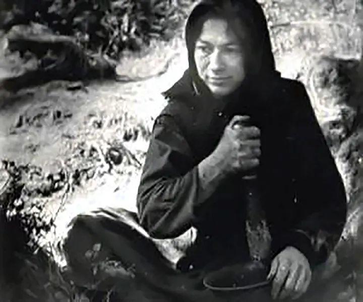 """""""地球上最孤独的女人"""",隐居深山76年 全然不知新冠"""