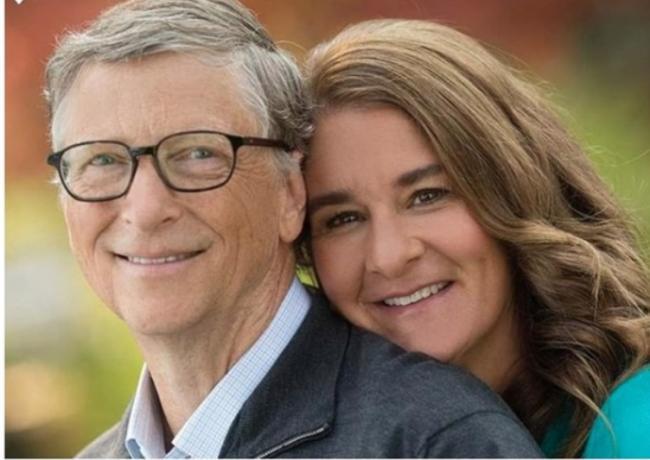 盖茨夫妇感情早现裂缝 曾为基金会署名信吵架