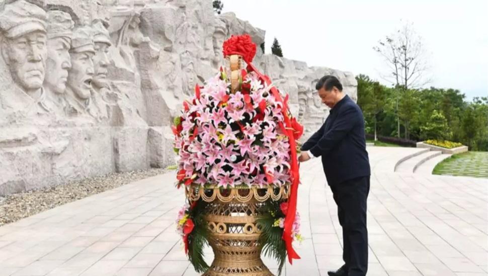 """习近平突访红军纪念园 提""""不惜血战""""坚持下去"""
