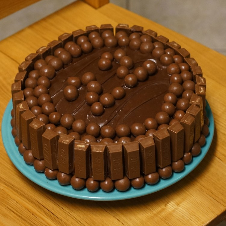 Chocolate Kit Kat Birthday Cake