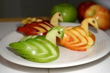 different-color-apple-swans