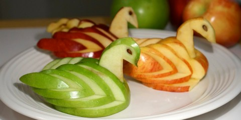 different-color-apple-swans