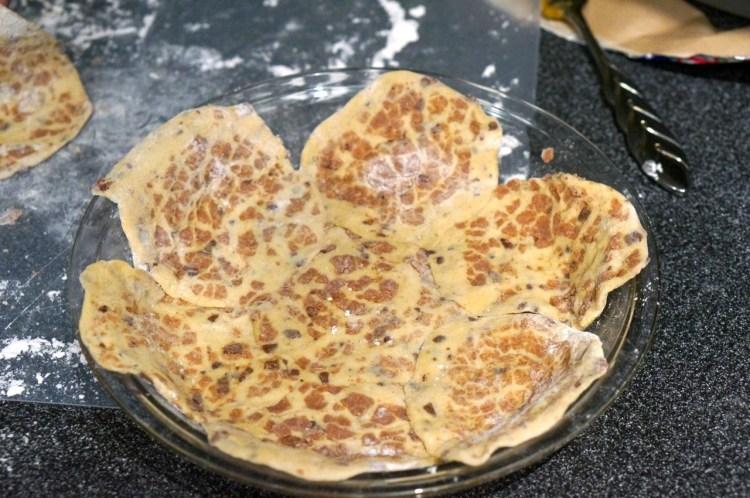 cinnamon-bun-crust