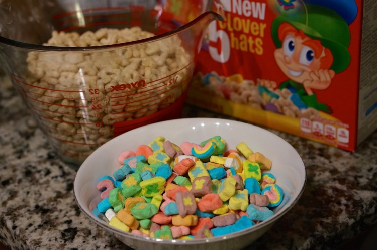 separate-lucky-charms-marshmallows