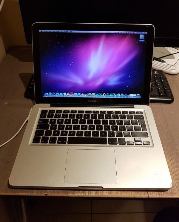 Apple MacBook Pro 13 (Late 2008)
