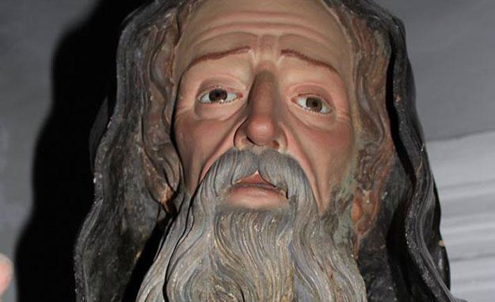 statua san francesco, lacrime