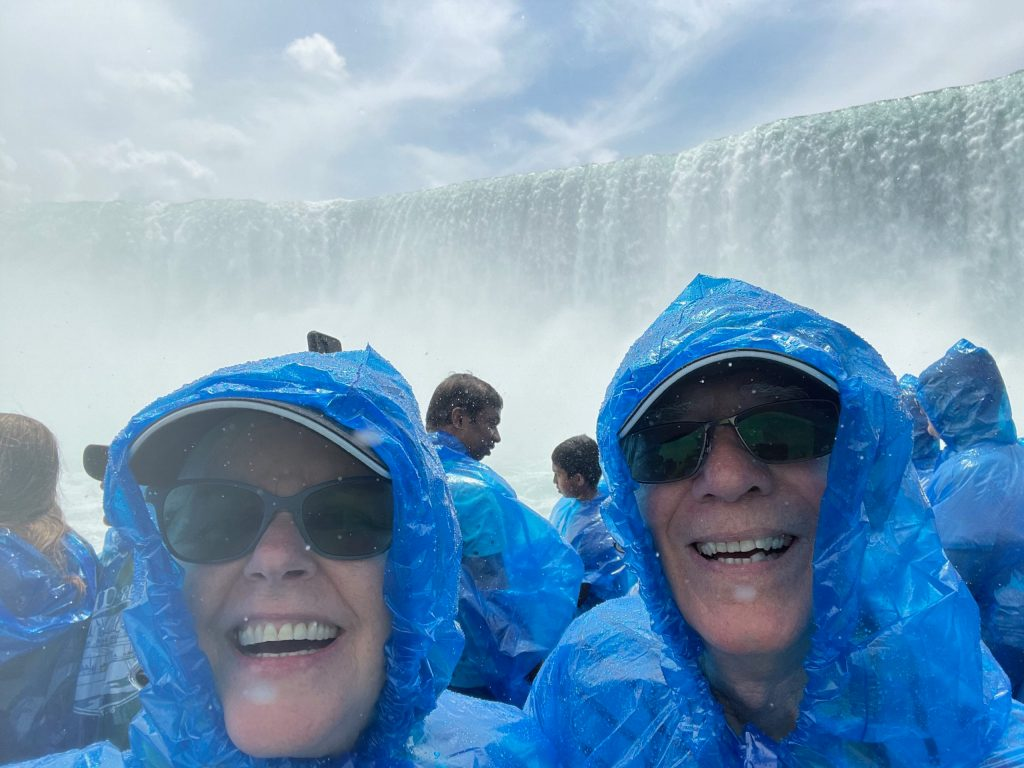 On the Maid of the Mist-Horseshoe Falls