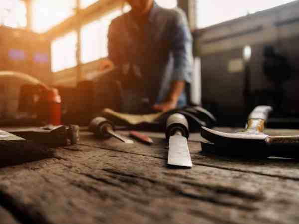 Arbeitstisch in einer Werkstatt