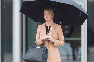 """STATE OF AFFAIRS -- """"Pilot"""" -- Pictured: Katherine Heigl as Charleston Tucker -- (Photo by: Michael Parmelee/NBC)"""