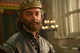"GALAVANT - ""Dungeons and Dragon Lady"" - While Galavant struggles with the realization about his true love, King Richard goes on a voyage of self-discovery, thanks to a potion from the magician, Xanax (guest star Ricky Gervais). As Galavant draws closer to the woman he really loves, an emboldened King Richard starts to assert himself, just as his meaner, elder brother returns-Kingsley (Rutger Hauer) on ""Galavant,"" airing SUNDAY, JANUARY 18 (8:30-9:00 p.m., ET) on the ABC Television Network. (ABC/Daniel Liam) TIMOTHY OMUNDSON"