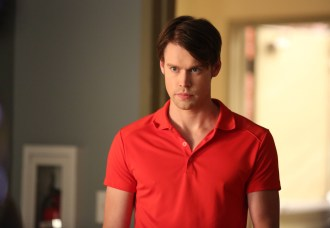 """GLEE: Sam (Chord Overstreet) looks to recruit new glee club members in the """"The Hurt Locker, Part Two"""" episode of GLEE airing Friday, Jan. 30 (9:00-10:00 PM ET/PT) on FOX. ©2014 Fox Broadcasting Co. CR: Beth Dubber/FOX"""
