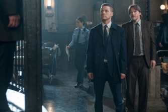"GOTHAM: Detective James Gordon (Ben McKenzie, L) stands up to Commissioner Loeb in the ""What The Little Bird Told Him"" episode of GOTHAM airing Monday, Jan. 19 (8:00-9:00 PM ET/PT) on FOX. Also pictured: Donal Logue. ©2014 Fox Broadcasting Co. Cr: Jeff Neumann/FOX"