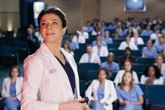 """VIDEO: Preview Tonight's 'Grey's Anatomy' Season 4, Episode 13 """"Staring at the End"""""""