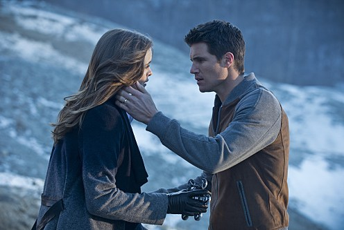 """The Flash -- """"The Nuclear Man"""" -- Image FLA113C_0211b -- Pictured (L-R): Danielle Panabaker as Caitlin Snow and Robbie Amell as Ronnie -- Photo: Cate Cameron/The CW -- �© 2015 The CW Network, LLC. All rights reserved."""