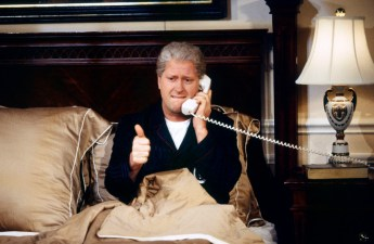 SNL 40TH ANNIVERSARY SPECIAL -- Season 24, Episode 2 -- Pictured: Darrell Hammond as President Bill Clinton during the 'Bedtime at the White House' skit on October 3, 1998 -- (Photo by: Mary Ellen Matthews/NBC)
