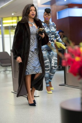 """EMPIRE: Cookie (Taraji P. Henson, L) and Porsha (guest star Ta'Rhonda Jones, R) chat in the special two-hour """"Die But Once/Who I Am"""" Season Finale episode of EMPIRE airing Wednesday, March 18 (8:00-10:00 PM ET/PT) on FOX. CR: Chuck Hodes/FOX"""