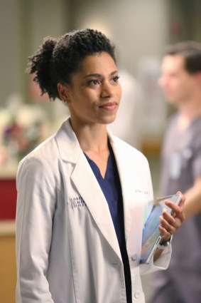 """VIDEO: Preview 'Grey's Anatomy' Season 11, Episode 14 """"I Feel the Earth Move"""""""