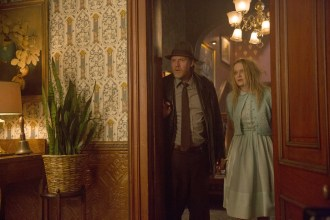 """GOTHAM: Bullock (Donal Logue, L) discovers an interesting twist in their case in the """"Everyone Has A Cobblepot"""" episode of GOTHAM airing Monday, March 2 (8:00-9:00 PM ET/PT) on FOX. Also pictured: guest star Nicholle Tom, R. ©2015 Fox Broadcasting Co. Cr: Jessica Miglio/FOX"""
