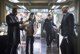 """The Flash -- """"Who is Harrison Wells?"""" -- Image FLA119B_0190b -- Pictured (L-R): Jesse L. Martin as Detective Joe West, Carlos Valdes as Cisco Ramon, and Paul Blackthorne as Quentin Lance -- Photo: Katie Yu /The CW -- © 2015 The CW Network, LLC. All rights reserved."""