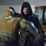 "The Flash -- ""Rogue Air"" -- Image FLA122B_0425bc -- Pictured: Stephen Amell as Oliver Queen / Arrow -- Photo: Diyah Pera/The CW -- �© 2015 The CW Network, LLC. All rights reserved."