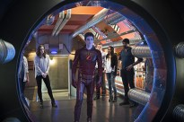 "The Flash -- ""Fast Enough"" -- Image FLA123A_0159b -- Pictured (L-R): Danielle Panabaker as Caitlin Snow, Grant Gustin as Barry Allen, Rick Cosnett as Detective Eddie Thawne, Candice Patton as Iris West, and Jesse L. Martin as Detective Joe West -- Photo: Diyah Pera/The CW -- © 2015 The CW Network, LLC. All rights reserved."