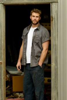 FILM REVIEW/GIVEAWAY: 'Cut Bank' Starring Liam Hemsworth Available on Blu-ray/DVD/Digital HD