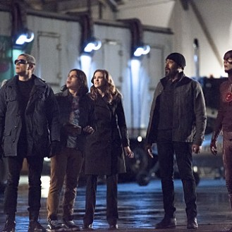 """The Flash -- """"Rogue Air"""" -- Image FLA122A_0026b -- Pictured (L-R): Wentworth Miller as Leonard Snart / Captain Cold, Carlos Valdes as Cisco Ramon, Danielle Panabaker as Caitlin Snow, Jesse L. Martin as Detective Joe West, and Grant Gustin as Barry Allen / The Flash -- Photo: Dean Buscher/The CW -- �© 2015 The CW Network, LLC. All rights reserved."""