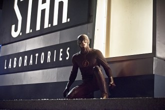 """The Flash -- """"Rogue Air"""" -- Image FLA122C_0220b -- Pictured: Grant Gustin as Barry Allen / The Flash -- Photo: Dean Buscher /The CW -- © 2015 The CW Network, LLC. All rights reserved."""