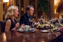 """HANNIBAL -- """"Secondo"""" Episode 303 -- Pictured: (l-r) Gillian Anderson as Bedelia Du Maurier, Mads Mikkelsen as Hannibal Lecter -- (Photo by: Brooke Palmer/NBC)"""