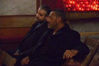 "HANNIBAL -- ""Secondo"" Episode 303 -- Pictured: (l-r) Fortunato Cerlino as Inspector Pazzi, Laurence Fishburne as Jack Crawford -- (Photo by: Ben Mark Holzberg/NBC)"