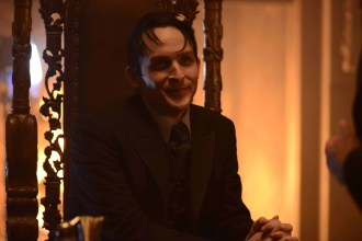 "GOTHAM: Penguin (Robin Lord Taylor) in the ""Damned if you Do,… "" Season Two premiere of GOTHAM airing Monday, Sept. 21 (8:00-9:00 PM ET/PT) on FOX. ©2015 Fox Broadcasting Co. Cr: Nicole Rivelli/FOX"