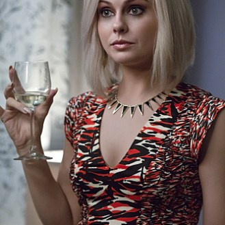 """iZombie -- """"Real Dead Housewife of Seattle"""" -- Image Number: ZMB_203a_4140.jpg -- Pictured: Rose McIver as Olivia """"Liv"""" Moore -- Photo: Jack Rowand /The CW -- �© 2015 The CW Network, LLC. All rights reserved. Photo: Jack Rowand /The CW -- �© 2015"""