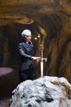 "VIDEO/PHOTOS: Preview 'Once Upon a Time' Season 5, Episode 6 ""The Bear and the Bow"""