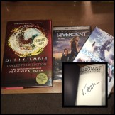 """WSN 2nd Annual Holiday Giveaway; """"Divergent"""" DVD, """"Insurgent"""" DVD, and """"Allegiant: Collector's Edition autographed book"""
