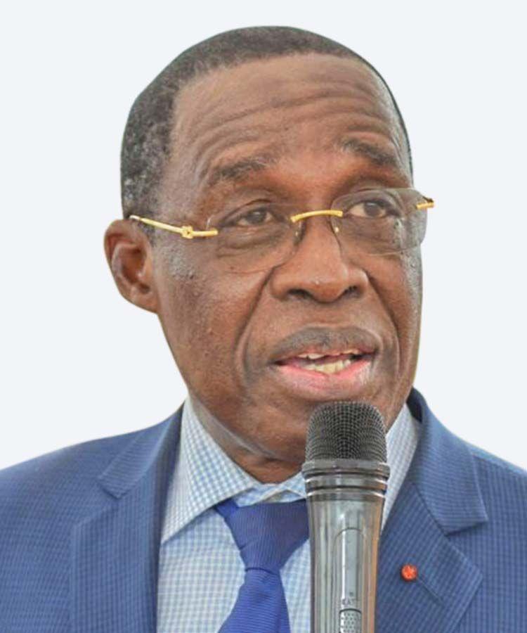Dr Eugène Aouélé Aka