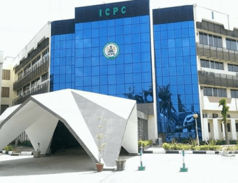 Unemployment: 376,631 apply for 220 ICPC slots